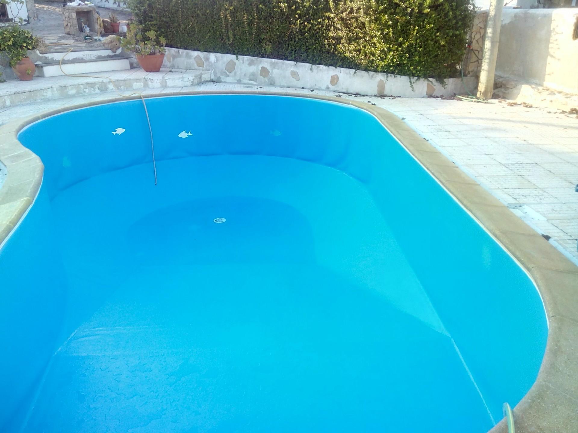 Piscina em bloco forma de rim pooltorres for Formas para piscinas